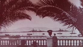 Dos acorazados británicos en Gibraltar durante la II Guerra Mundial. Archivo del autor.