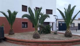Una de las zonas verdes mejoradas por el Ayuntamiento de La Línea. Foto: NG