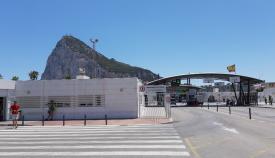 Una imagen de los acceso a Gibraltar. Foto: lalínea.es