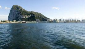 Vista de Gibraltar desde la Bahía de Algeciras