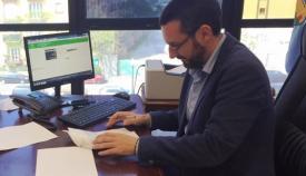 Juan Franco, en su despacho en el Ayuntamiento de La Línea