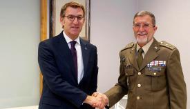 El general linense Antonio Romero, junto al presidente de la Xunta de Galicia. Foto Xunta Galicia