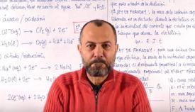 Antonio Pérez, en una captura de imagen de una de sus clases en YouTube