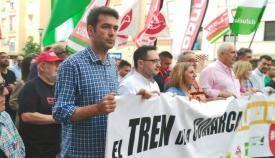Joaquín Bellido, en la manifestación por el tren en Algeciras