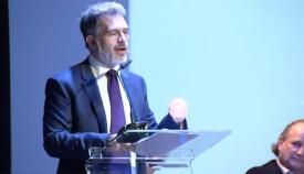 Azopardi se puso en contacto con la parlamentaria de TG
