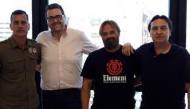 El concejal de Comercio, Alejandro Azuaga, y miembros de Alaho
