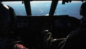 Vista dese la cabina de un B52H, en su tránsito hacia España. Foto USAF/Jason Allred