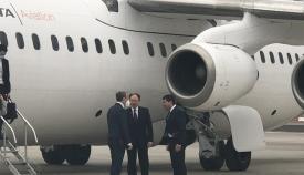 Imagen de la llegada del ministro Raab a Gibraltar. Foto GBC