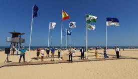 La Junta ha presentado hoy nuevas banderas azules en el litoral gaditano