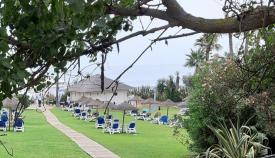 La zona del 'Beach Club' de un hotel de La Línea. Foto: NG
