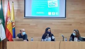 Personal de Algeciras se forma en la atención a menores en dificultades