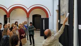 Visitas guiadas analizan la pintura de la artista algecireña Blanca Orozco