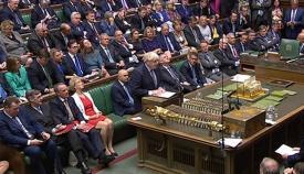 Johnson en una sesión de la Cámara de los Comunes.