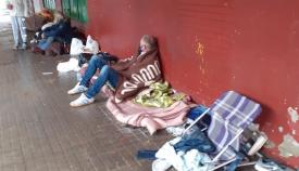 Personas viviendo en la calle en La Línea