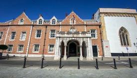 Sede del Gobernador británico en el antiguo Convento franciscano de Gibraltar. Foto Sergio Rodríguez