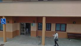 Una imagen de la fachada del centro de salud. Foto: NG