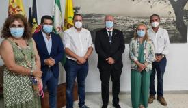 Jorge Juliá acudió a la Casa Regional de Ceuta.