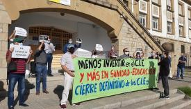 Las asociaciones se oponen en Algeciras a la reapertura de los CIEs