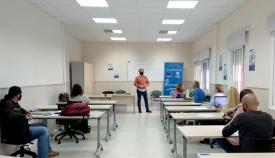 Continúan los cursos de iniciativas en el Barrio de la Caridad