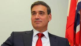 El parlamentario Daniel Feetham.