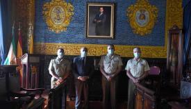 Landaluce recibe al teniente coronel jefe del Acuartelamiento Adalides