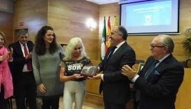 Elisabeth Acosta, Medalla de Diputación por su 'Vida Saludable' en Algeciras