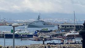 El HMS Trent entra en el puerto de Gibraltar. Foto Sergio Rodríguez