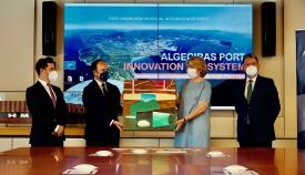La secretaria general de la Organización Europea de Puertos visita Algeciras