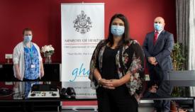 La ministra Sacramento con el equipo. Foto Gobierno de Gibraltar