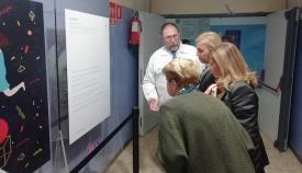 El Hospital Punta Europa acoge una exposición sobre el cáncer de mama metastásico