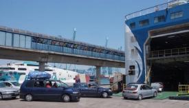 Marruecos suspende hasta nueva orden el tráfico aéreo y marítimo con España