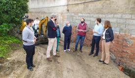 Emalgesa repara una avería de saneamiento en la colonia San Miguel