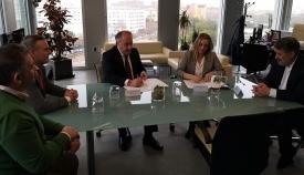 Firmado el convenio para reurbanizar la calle Bombita de Algeciras
