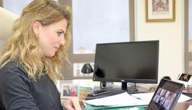 Mestre agradece la labor del personal que ha atendido a los mayores de Alcalá