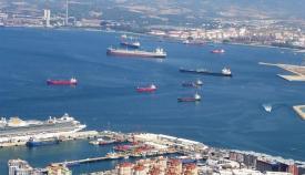 Ecologistas advierten de vertidos desde buques en el litoral de la Bahía de Algeciras