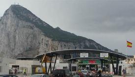 Imagen de la Verja de acceso a Gibraltar. Foto NG
