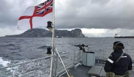 Gibraltar hoy, desde la cubierta del HMS Medway. Foto en Twitter del HMS Medway