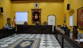 Una de las reuniones mantenidas por la edil sanroqueña. Foto: sanroque.es