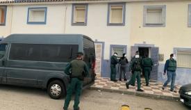 Una imagen de la operación llevada a cabo en La Línea esta mañana