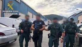 Agentes de la Guardia Civil en otra intervención. Foto: NG