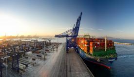 Algeciras mueve 51'6 millones de toneladas en el primer semestre