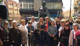 Imagen de archivo de una ofrenda en un Día de la Madre en Algeciras
