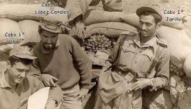 Soldados del Pavía, López Canales en el centro