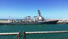 El 'USS Roosevelt' (DDG 80), el último en incorporarse a la base de Rota, atracado a uno de sus muelles. Foto LR