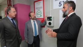 Inauguración del punto de recarga para coches eléctricos