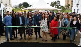 El corte de cinta ha inaugurado oficialmente el Salón del Estudiante