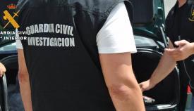 Un agente del grupo de investigación de la Guardia Civil. Foto: Interior