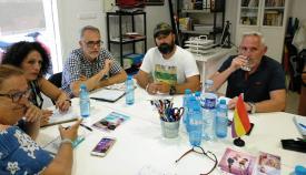 Reunión de IU y Podemos en La Línea