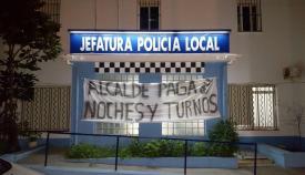 Una imagen de archivo de las protestas policiales en la Jefatura linense