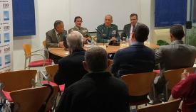 La jornada finalizó con una mesa redonda de los conferenciantes. Foto LR